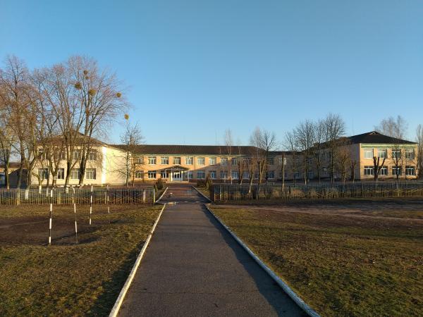 Школа Велика северинка